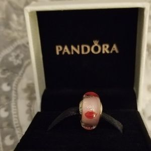 Pandora red lips bead